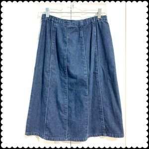 ORVIS Denim Skirt. Size 8